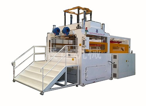 Computer controlled ZS-2520/8 suction integrated molding machine